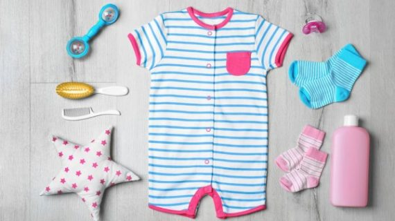 Yuk, Cek 5 Jenis Bahan Pakaian yang Paling Cocok untuk Bayi